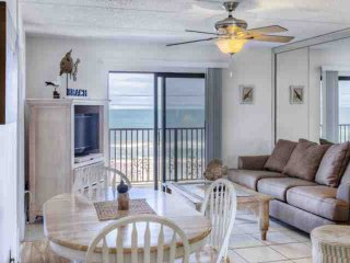 Delightful Ormond By the Sea Beach Condo-4th Floor, Direct Oceanfront View, Swimming Pool, Free WIFI - Ormond Beach vacation rentals