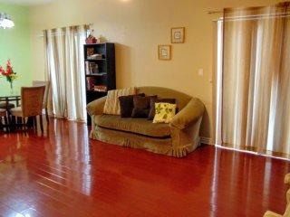 Spacious Vacation Condo W/ Hardwood Floors - Los Angeles vacation rentals