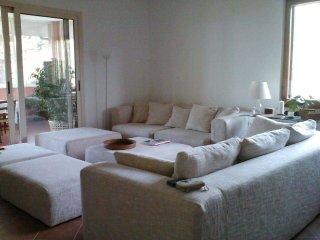 Villa degli Olmi.Casa di campagna immersa nel verde - Allumiere vacation rentals