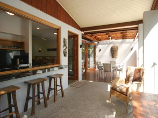 1/48 Garrick Street - 3 Bedroom Villa Close to Beach and Town - Port Douglas vacation rentals