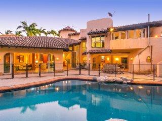 La Casa Mirasol - 6 Bedroom Beachfront House - Port Douglas vacation rentals