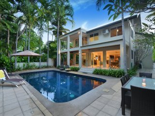 Indirah on the Beach - 5 Bedroom Beachfront House - Port Douglas vacation rentals