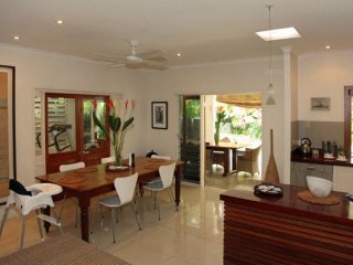 9 Solander Blvd - 4 Bedroom House Close to the Beach - Port Douglas vacation rentals