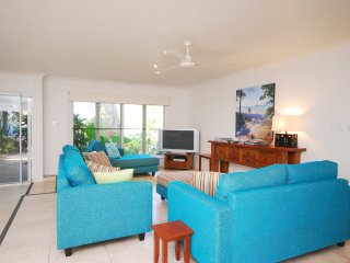 Beachside - 5 Bedroom House Close to the Beach - Port Douglas vacation rentals