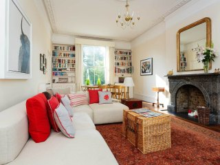 Lovely Ladbroke Grove - London vacation rentals
