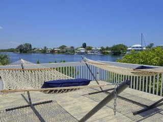 FINS UP - Anna Maria vacation rentals