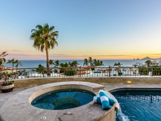 Last Minute Specials and Discounts! 'Hacienda de la Cruz' - 3BR Cabo San Lucas Home w/Private Pool, Personal Concierge Service, Private Beach Access & Breathtaking Views of El Arco, Land's End & the Magnificent Sea of Cortez! - Cabo San Lucas vacation rentals