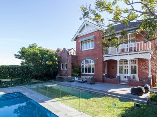 5 bedroom House with Internet Access in Randwick - Randwick vacation rentals