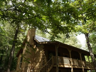 Perfect 3 bedroom Blairsville House with Deck - Blairsville vacation rentals