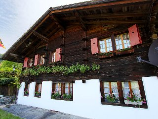 5 bedroom Villa in Frutigen, Bernese Oberland, Switzerland : ref 2241631 - Frutigen vacation rentals