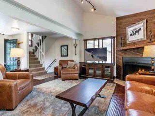 Eagle Vail Townhome, Located on 11th Tee Box, Convenient to Vail & Beaver - Avon vacation rentals