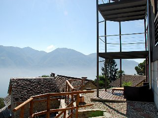2 bedroom Villa in Brione sopra Minusio, Ticino, Switzerland : ref 2241862 - Minusio vacation rentals