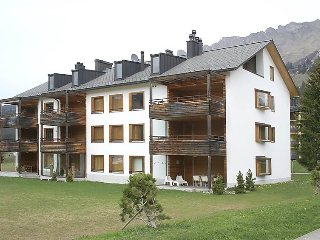 3 bedroom Apartment in Parpan, Mittelbunden, Switzerland : ref 2284069 - Parpan vacation rentals