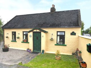 Charming, Traditional Cottage, 3 Bedroom ~ RA90571 - Knocklong vacation rentals