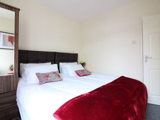 4 bedroom House with Internet Access in Cleethorpes - Cleethorpes vacation rentals