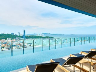 Comfortable 1 bedroom Condo in Pattaya with Hot Tub - Pattaya vacation rentals