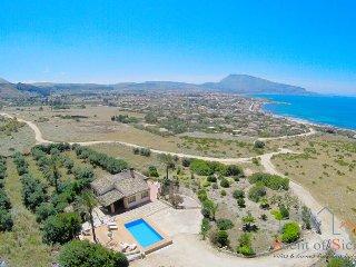 Villa Nature's Embrace - Trapani vacation rentals