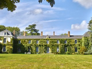 Nice Castle with Internet Access and Wireless Internet - Beaumont Pied De Boeuf vacation rentals
