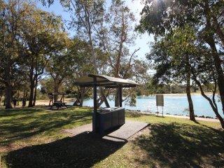SEA SHELLS  3/18 Aqua Cres, Lake Cathie - Lake Cathie vacation rentals