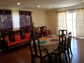 Furnished 4-Bedroom Home at Williams St & Wayne Ave San Leandro - San Leandro vacation rentals