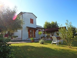 Beautiful 2 bedroom House in Montignoso - Montignoso vacation rentals