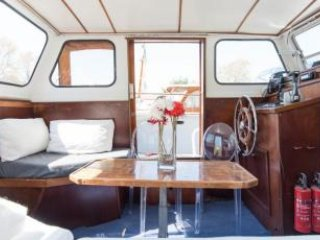 Dolphin; dutch houseboat 15 min center - Amsterdam vacation rentals