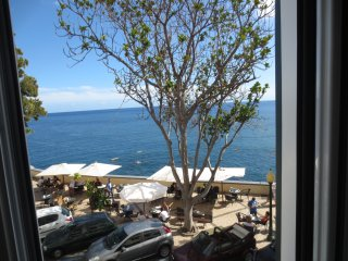 Barreirinha II Near Old Town With Nice Ocean Views - Funchal vacation rentals