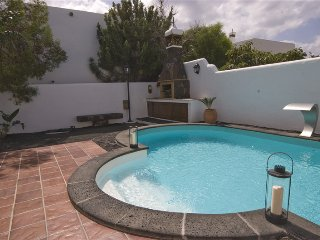 Holiday villa with private pool in Puerto del Carmen - Chisamba vacation rentals