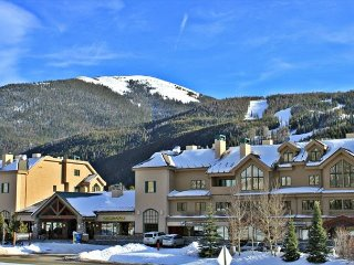 Fantastic Studio Condo with Wifi, King Bed, Clubhouse, Close to Slopes - Keystone vacation rentals