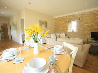 Perfect Barn with Internet Access and Washing Machine - Minster Lovell vacation rentals