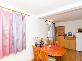 Apts Zuronja - One-Bedroom Apt with Sea View (A) - Putnikovic vacation rentals