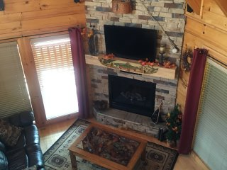 Across The Trail Log Cabin in Bear Creek Crossing - Pigeon Forge vacation rentals