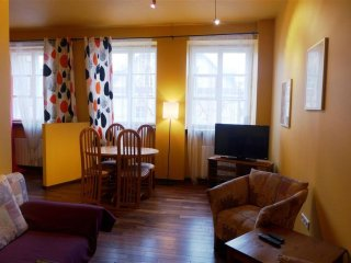 Piwna Gold apartment in Stare Miasto with WiFi. - Warsaw vacation rentals