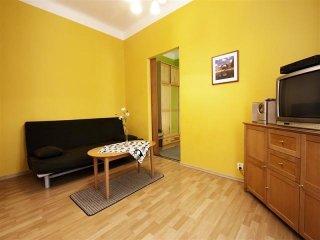 Senator 6 apartment in Stare Miasto with WiFi. - Warsaw vacation rentals