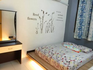 3 bedroom Condo with Internet Access in Kampar - Kampar vacation rentals