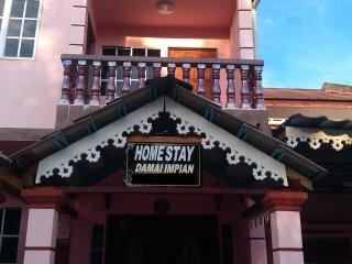 Nice Condo with Balcony and Parking - Hutan Melintang vacation rentals