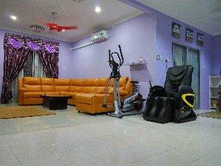 Nice House with Internet Access and Washing Machine - Kulaijaya vacation rentals