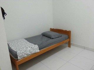 Homestay Bandar Dato Onn Johor Bharu - Taman Molek vacation rentals