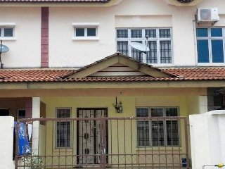4 bedroom House with Satellite Or Cable TV in Ledang - Ledang vacation rentals