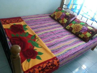 Nice Condo with Washing Machine and Satellite Or Cable TV - Pasir Gudang vacation rentals