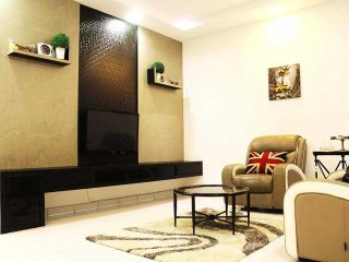 Nice House with Internet Access and Balcony - Skudai vacation rentals