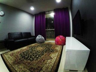 Suasana Lumayan Cheras (Minimum 2 nights stay only) - Cheras vacation rentals