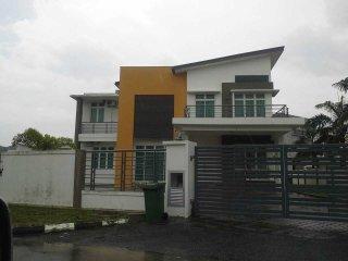 Homestay Bungalow Ayer Keroh Melaka - Ayer Keroh vacation rentals