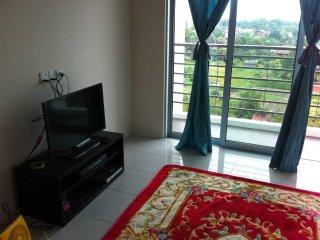 Comfortable Condo with Balcony and Washing Machine - Seberang Jaya vacation rentals