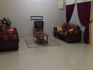 Bright 3 bedroom Kepala Batas Condo with Internet Access - Kepala Batas vacation rentals