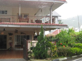 4 bedroom Apartment with Internet Access in Ringlet - Ringlet vacation rentals