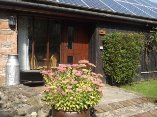 Romantic 1 bedroom Cottage in Builth Wells with Internet Access - Builth Wells vacation rentals