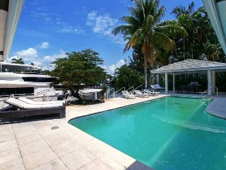 5 BR waterfront home. Available for New Year! - Fort Lauderdale vacation rentals
