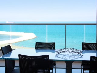 2b Delux Seafront Apartment - Finikoudes TL031 - Larnaca District vacation rentals