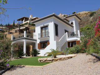 Perfect Villa with Deck and Internet Access - Atamaria vacation rentals